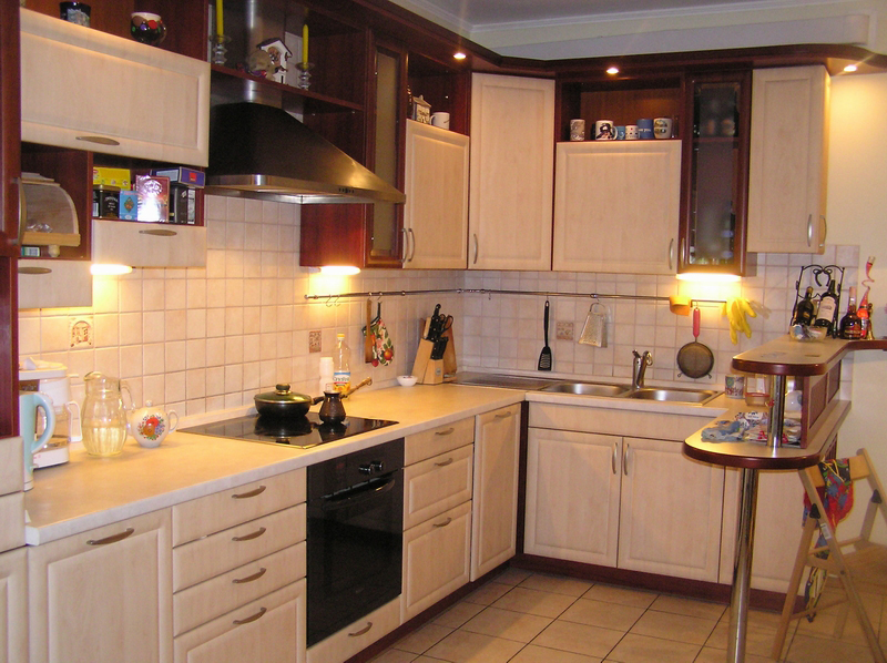 кухни угловые под заказ фото и цены